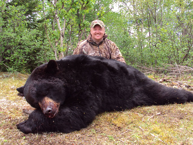 Paul's Boone and Crockett Newfoundland Bear