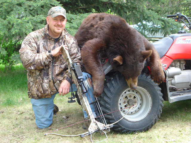 Dan Wallace - Saskatchewan Color-Phase Bear